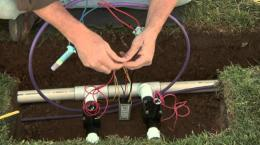 Hunter Dual Two-Wire Installation: Connecting Decoders to Valve Solenoids 5 of 8